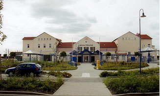 Blick auf den Bitterfelder Bahnhof September 2001